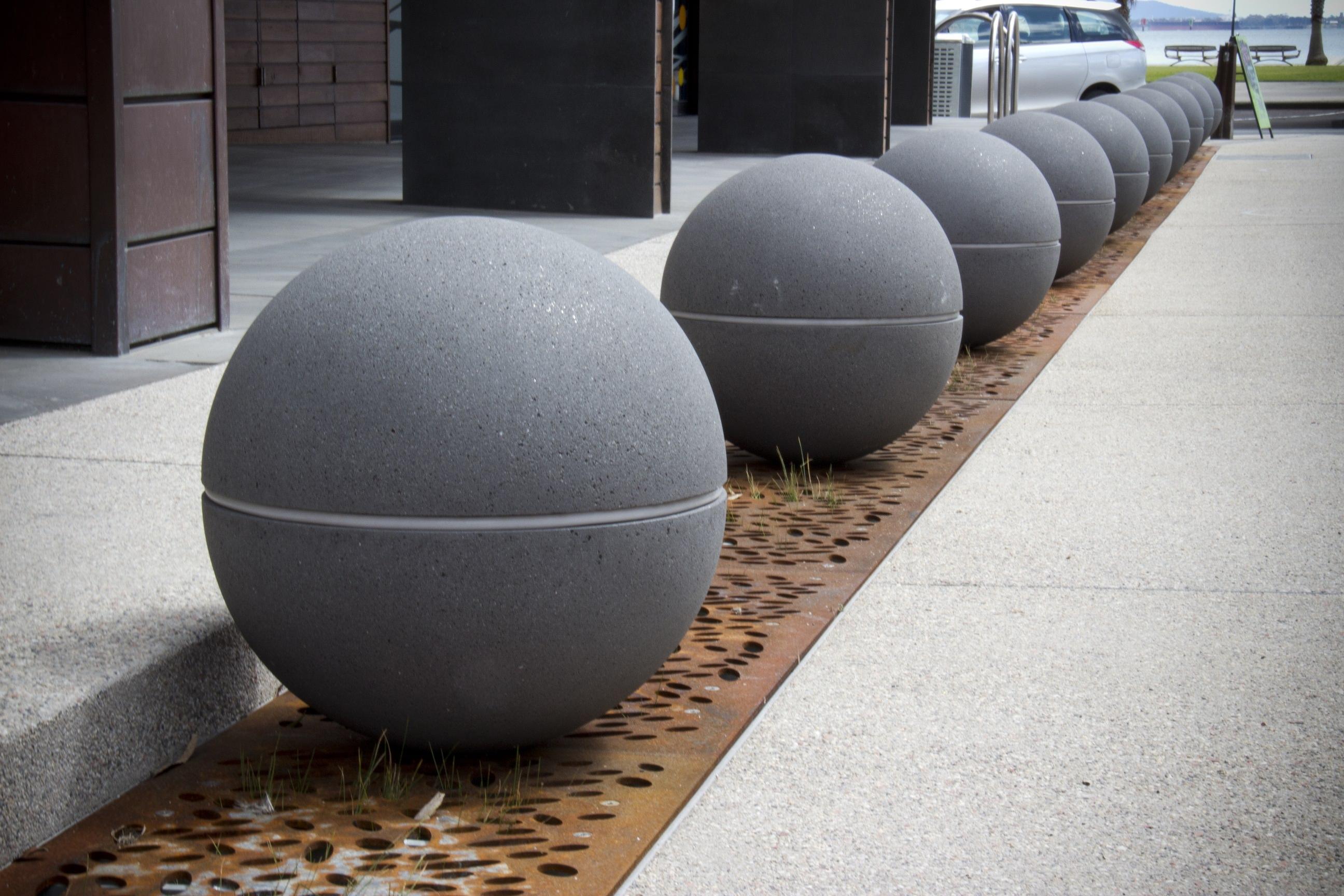 Geelong City Council Spheres LED Lights Granite Range Mimosa (7)